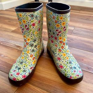 Floral rain boots, never worn